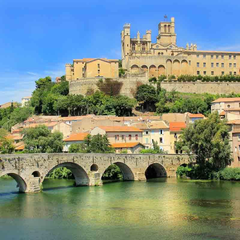 Béziers - Ville histoire - Canal du Midi - Neuf écluses - Hérault - Annuaire des restaurants et commerces de bouches - Guide des Saveurs